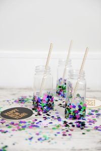 DIY Party Decorations : Confetti Cups