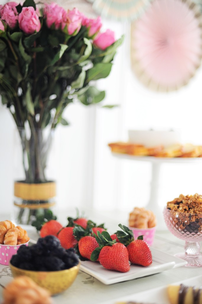 galentine's valentine's day brunch party ideas
