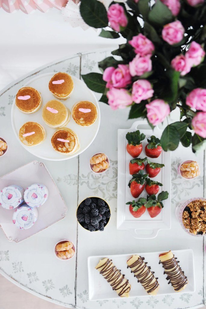 galentine's valentine brunch party ideas