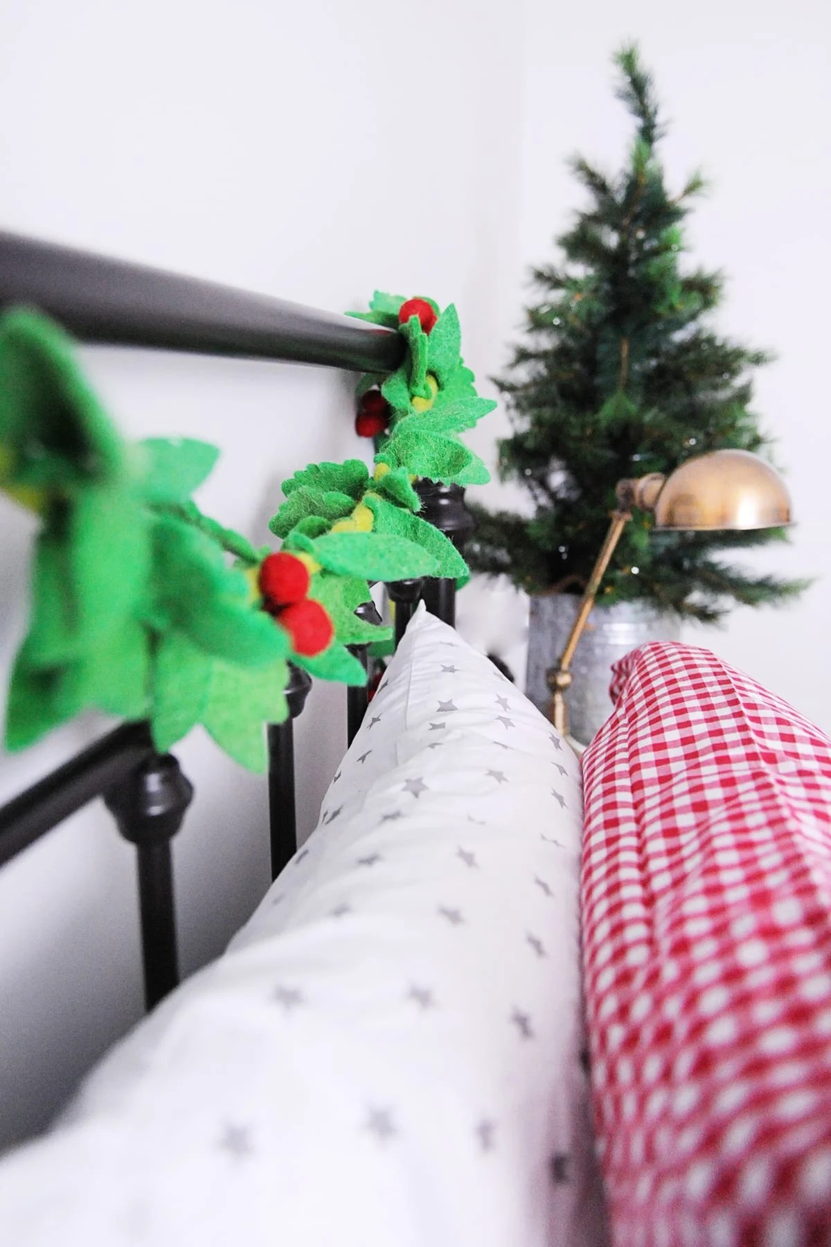 Christmas bedroom decor ideas