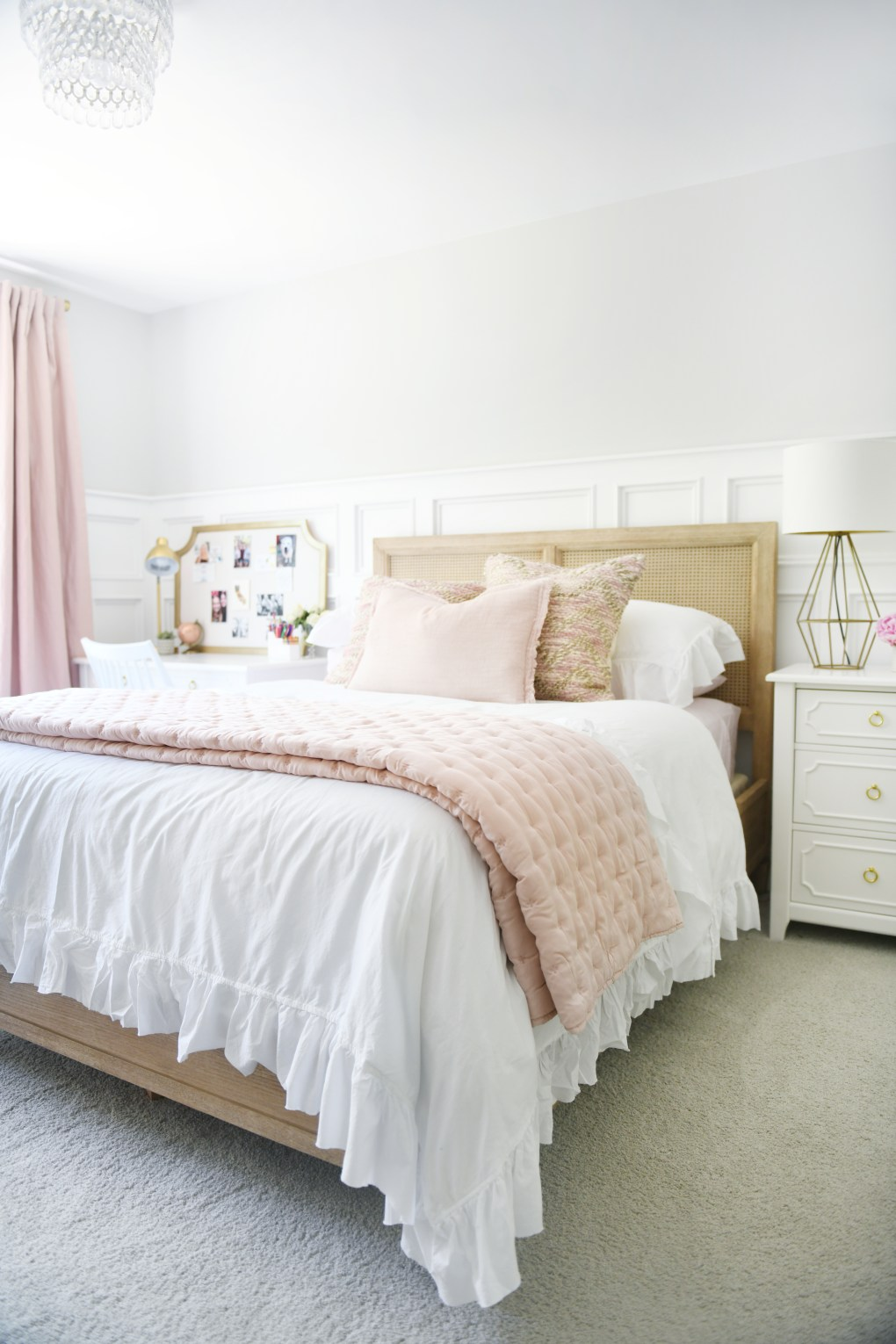 Cute Room Ideas for a Teenage Girl: Teen Bedroom Before ...