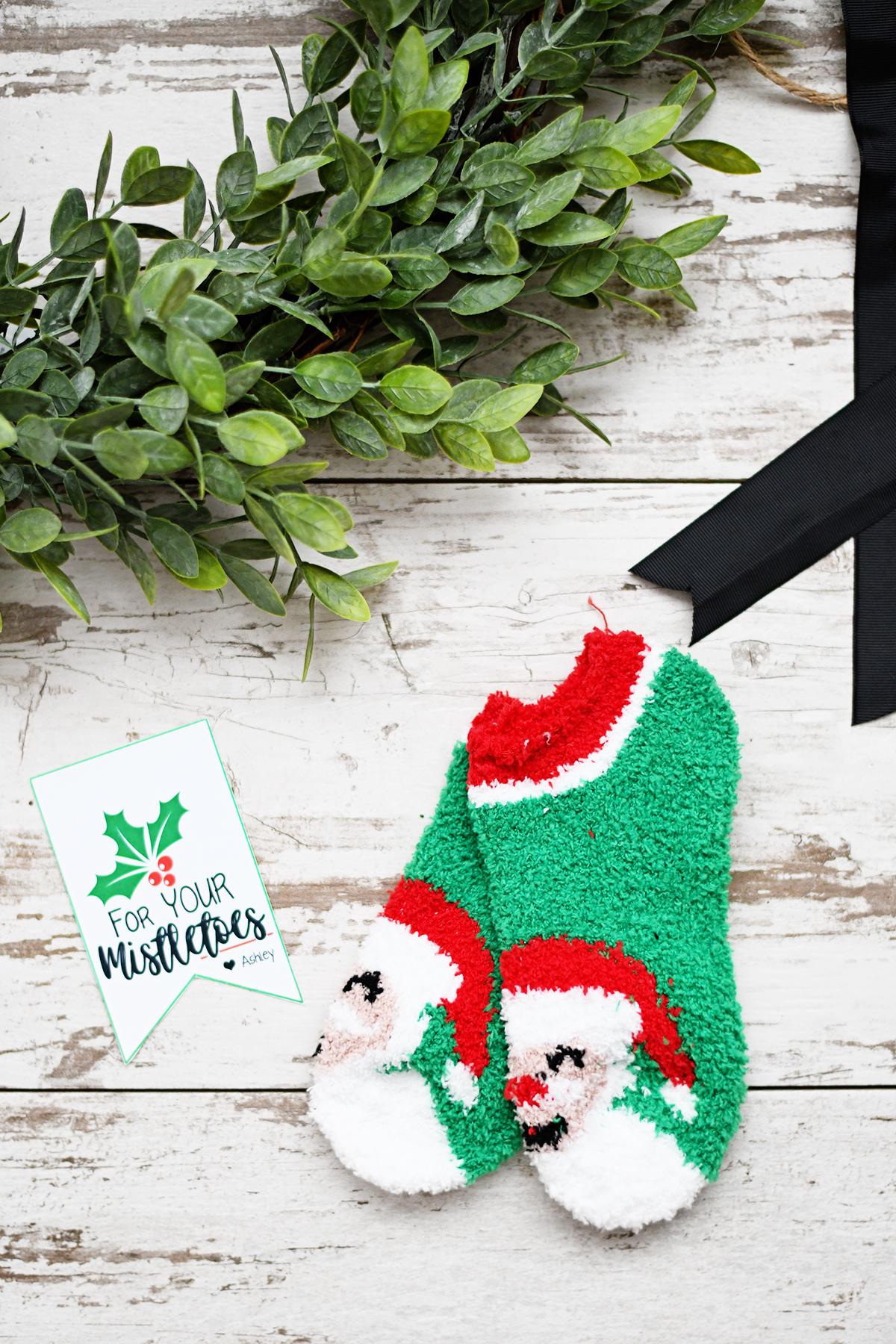 Free printable christmas gift tags 4