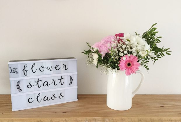 Review: leaning how to arrange flowers online with Flowerstart