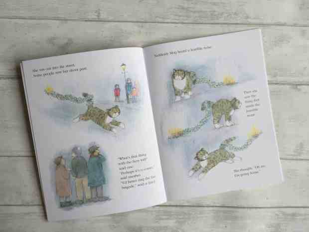 Pages from Mog's Christmas Calamity