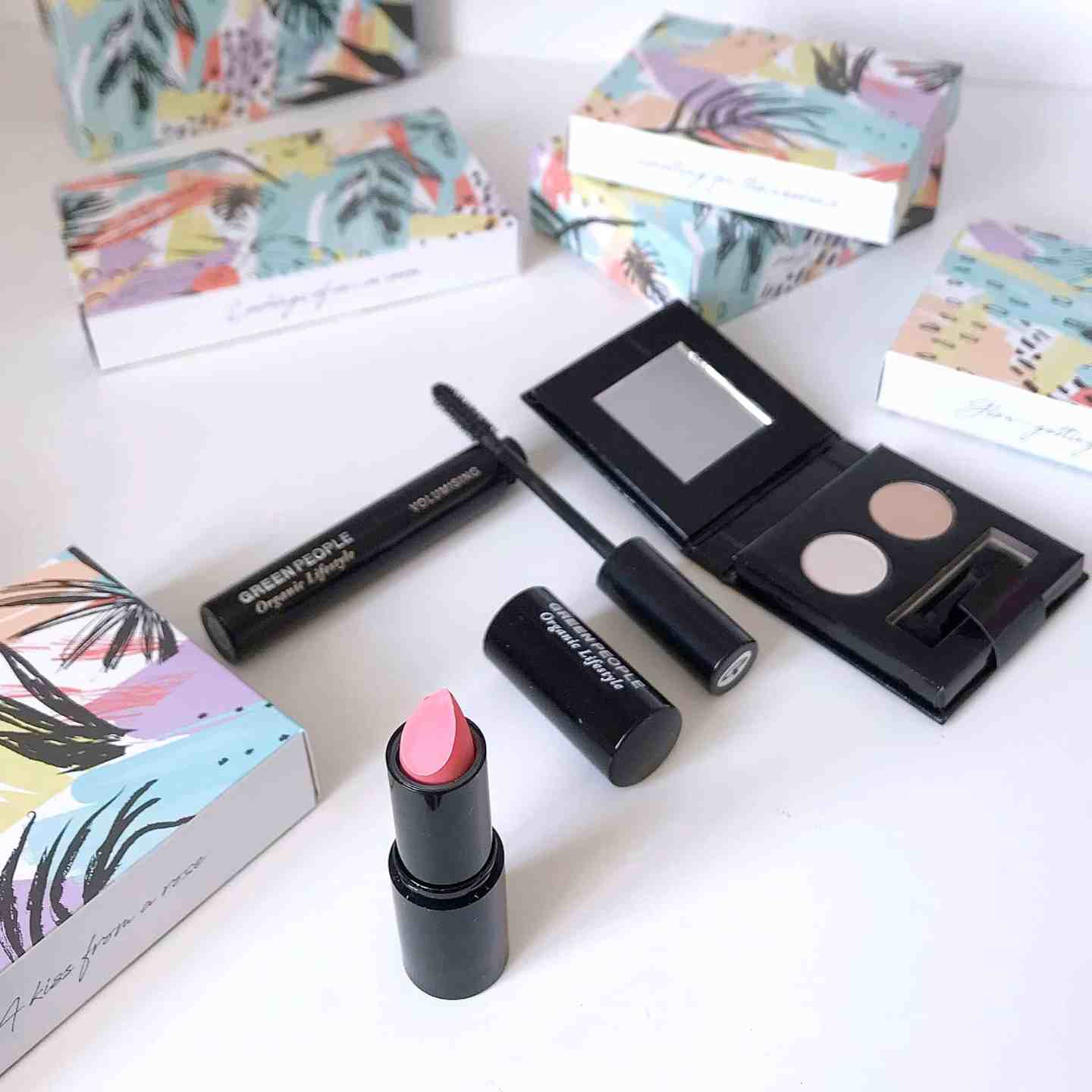 Green People Mascara, Eyeshadow Duo and Lipstick from the Green Regime Beauty Advent Calendar
