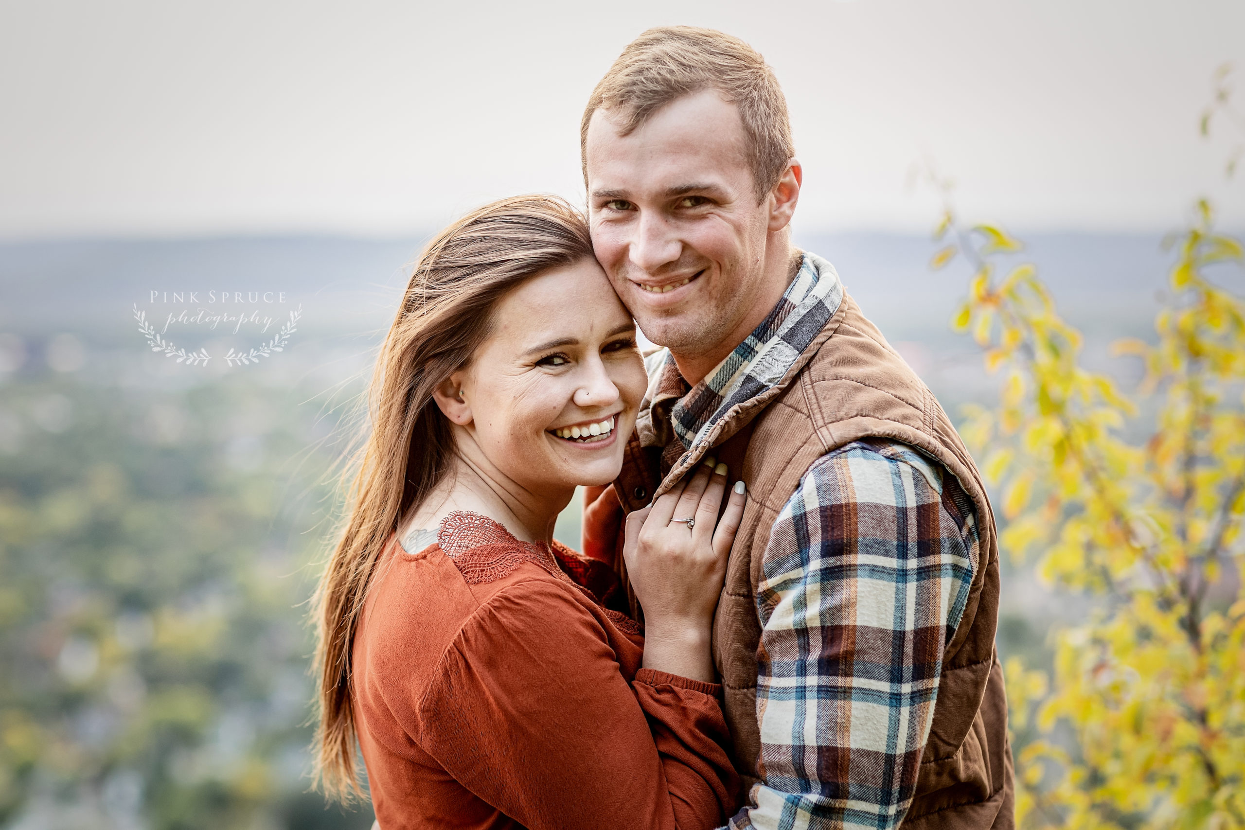 Military Engagement Session at Grandad Bluff · Courtney + Colin | La Crosse Wisconsin Engagement Session