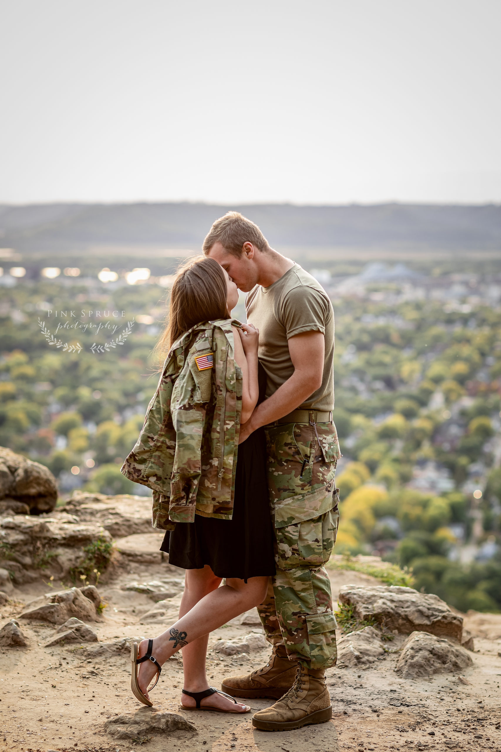 Military Engagement Session at Grandad Bluff · Courtney + Colin | La Crosse Wi Engagement Session