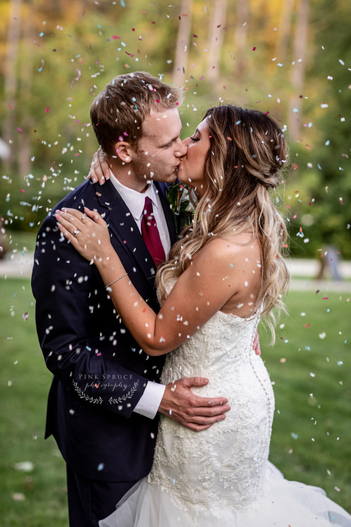 Wedding Confetti at Winnebago Springs · McKennah + Jacob   Caledonia MN Wedding Photographer