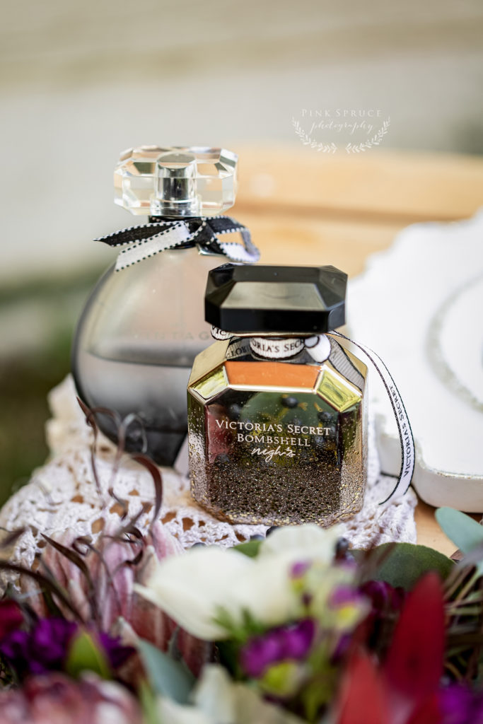 Winnebago Springs Wedding Perfume · McKennah + Jacob | Minnesota Wedding Photographer