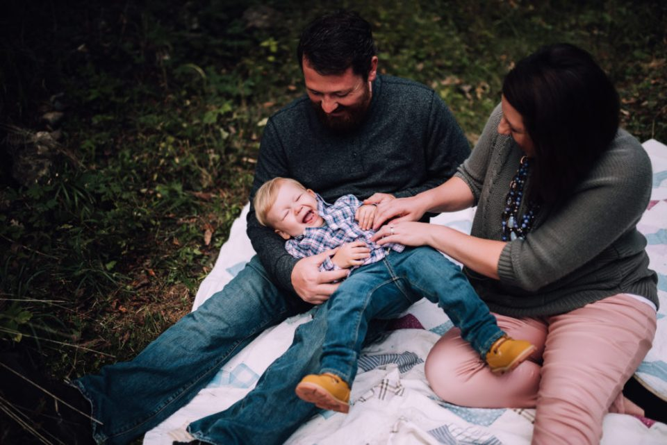 Family photo taken by Brittany Eitsert Photography on Cassell Hollow Farm.