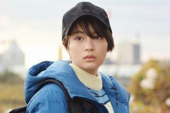 【日劇】最新劇照公開~「四重奏」編劇坂元裕二新作「anone」將於明日播出。女主廣瀨鈴為角色換上超短髮型。