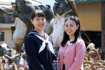 【晨間劇】『緋紅』正式開鏡!戶田恵梨香對自己的15嵗扮相表示:「15嵗,還可以吧!」