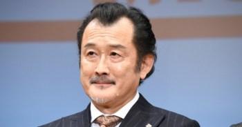 吉田鋼太郎62歲當爸~ 與小22歲妻子明年春天迎來寶寶。
