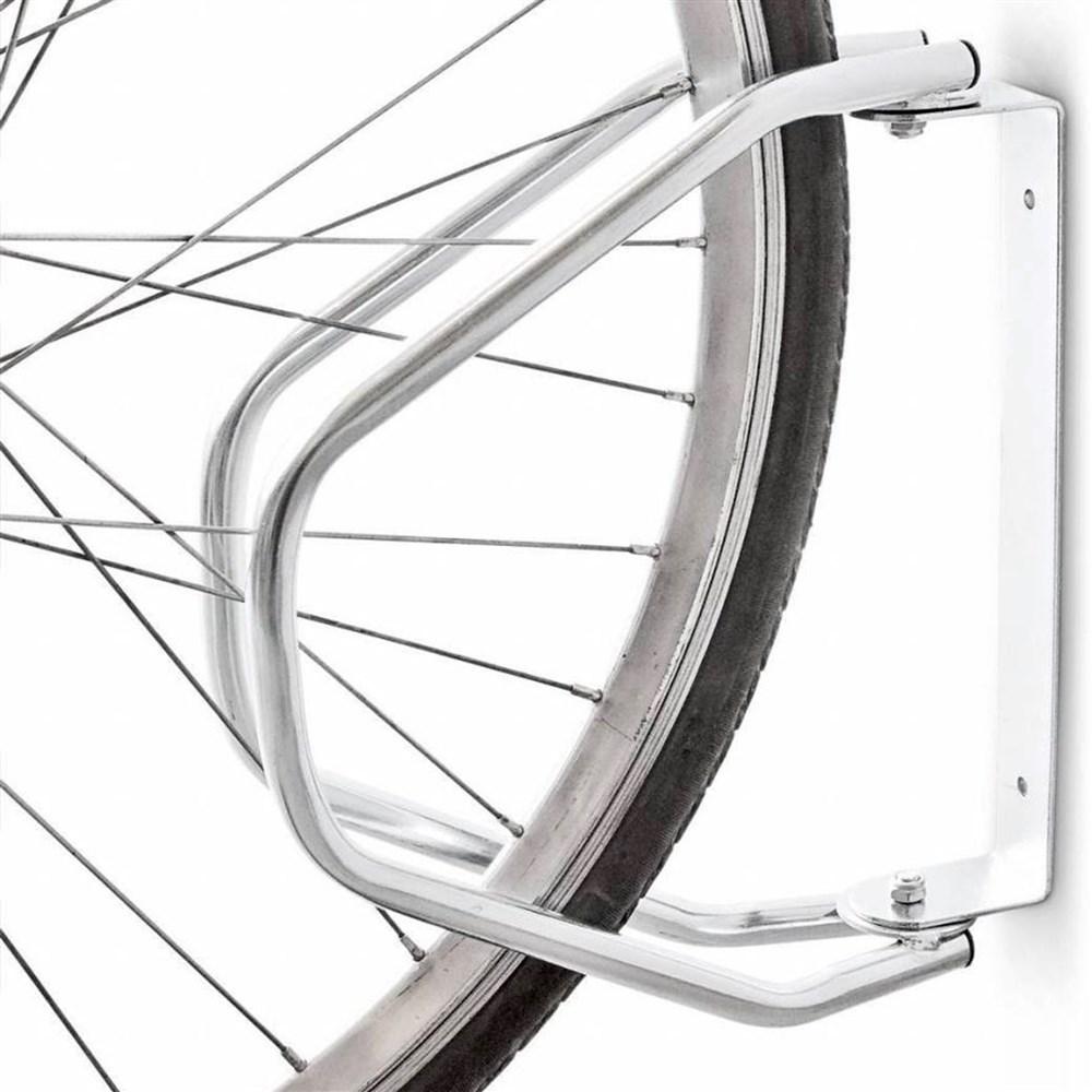Fiksuese biciklete ne mure 4