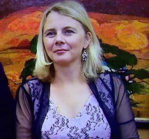 Catherine Southon Bio, Age, Husband, Kids, Bargain Hunt, Net worth