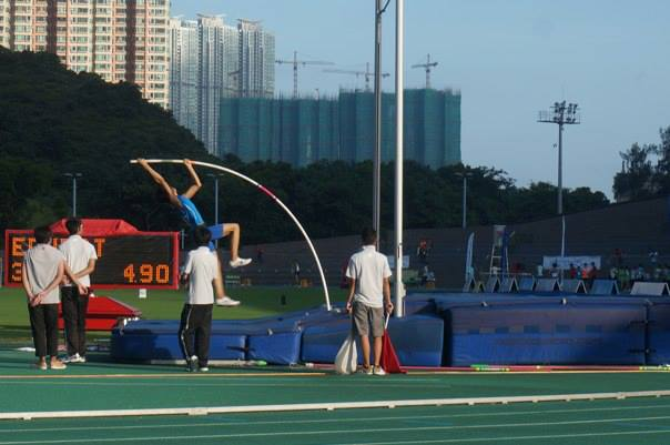 Again a National Junior Record. EJ Obiena on his way to SEA Games selection.