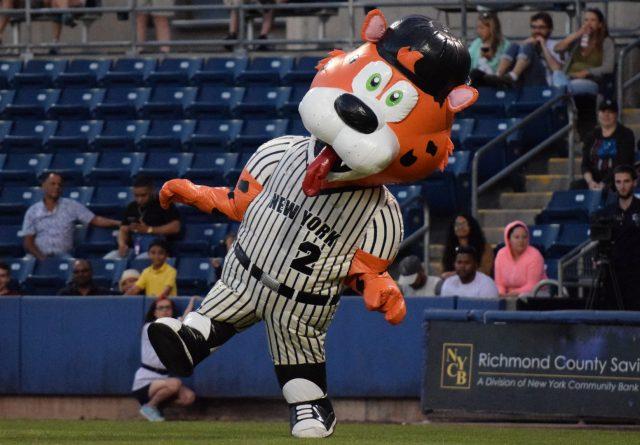 Derek Cheetah dances in between innings. (Robert M. Pimpsner)
