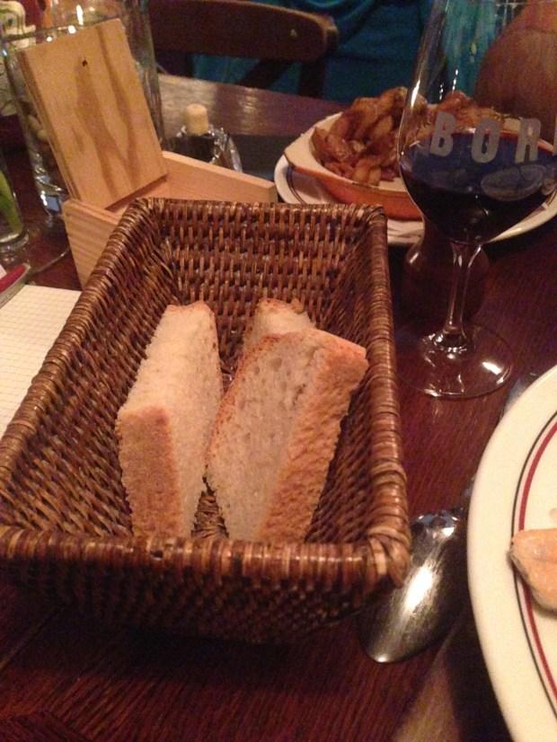 chez boris montpellier bistrot à vins restaurant pain