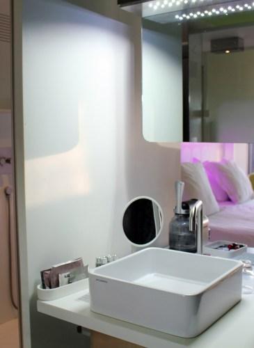 barcelo-raval-hotel-room [1600x1200]