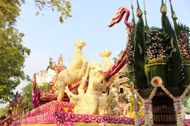 fete-des-fleurs-chiang-mai (9)