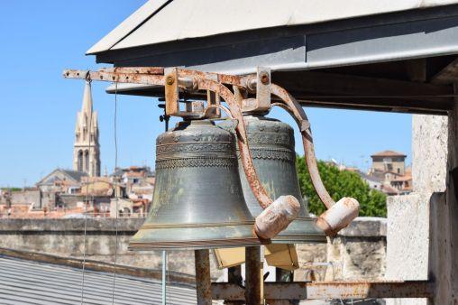 L'horloge sur les toits de l'Opera Montpellier