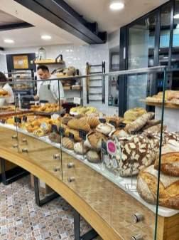 Vitrine des pains - Maison Bonnaire