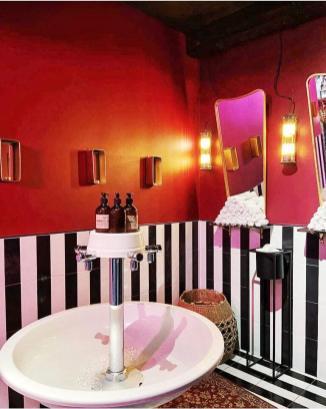 muchacha-restaurant (1)