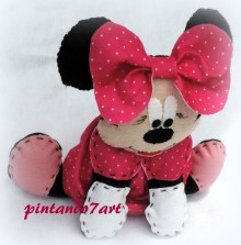 Minnie Pink email : pintando72@gmail.com WhatsApp : (21)97662-1832 loja virtual: www.elo7.com.br/pintando7art Blog: http://pintando7art.com #minnie #minniepink #pintando7 #pintando7art #festa #feltro #disney #centrodemesa #lembrancinha #festainfantil