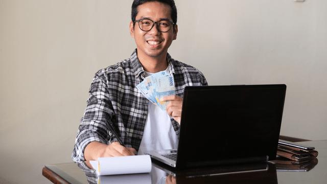 Ini 5 Solusi Ketika Terjerat Pinjaman Online Ilegal, sserta berbagai hal yang harus Sobat Pintar ketahui terkait fenomena tersebut.