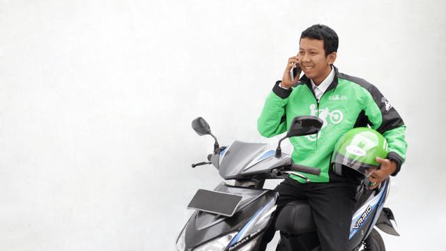 Pengguna aplikasi Gojek membutuhkan bantuan dari customer service Gojek. Inilah daftar call center Gojek 2021 terbaru.