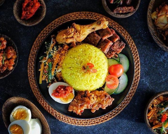 Cara Membuat Nasi Kuning, Dijamin Wangi dan Enak
