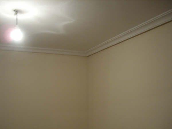 Colocacion de Moldura de Escayola en techo