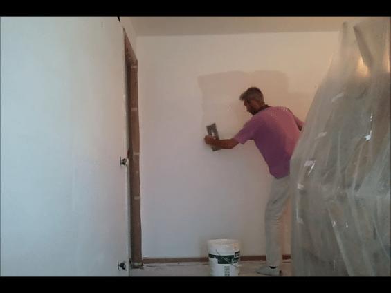 aplicando 2ª masilla aguaplast 2