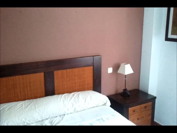 Esmalte al agua color Marron en Dormitorio de Coslada (14)