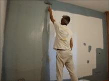 Aplicando esmalte pymacril color azul grisacio 1