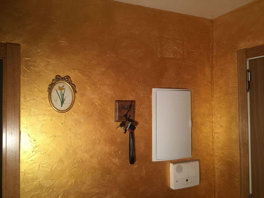 Cera metal oro sobre efecto rustico brisa tarde 10 for Aplicar cera de concreto sobre baldosas