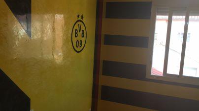 Estuco Veneciano Original a rayas amarillas y negras Borussia Dortmund - Terminado dia (1)