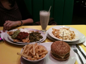 Burgers, Nachos and Milkshakes from Tinseltown