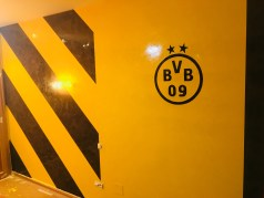 Estuco Veneciano Original a rayas amarillas y negras Borussia Dortmund (101)