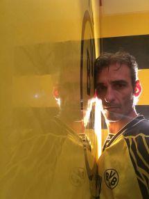 Estuco Veneciano Original a rayas amarillas y negras Borussia Dortmund (50)
