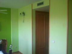 dormitorio verde oscuro y verde claro 7
