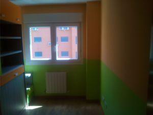 Habitacion Infantil Plastico Sideral Naranja y Esmalte Valacryl color verde con mueble (2)