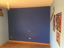 Estado de la Habitacion Paredes en plastico azul y esmalte azul oscuro (3)
