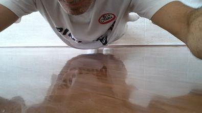Reflejos Sobre Estuco Marmoleado a 2 colores Marron y Chocolate (1)