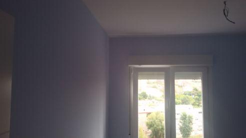 Color azul claro S-0510-R80B y un paño oscuro de esmalte pymacril azul S-1040-R80B - Terminado (5)