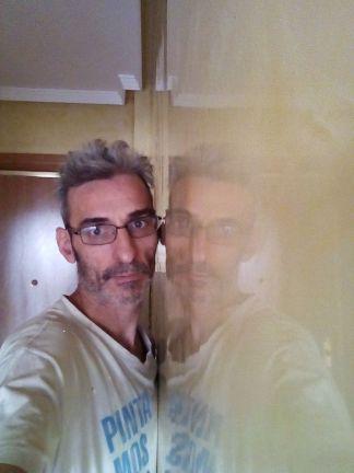 Reflejos sobre estuco veneciano original de 1995 color beige (6)