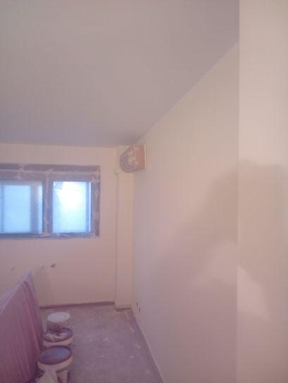 1ª mano de plastico sideral en techos y paredes (1)