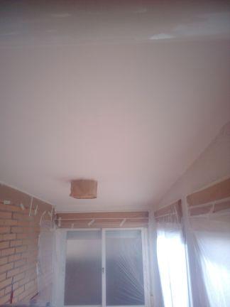 Aplicado 3 manos de Aguaplast en techo Tendedero
