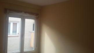 1 mano de plastico sideral s-500 y replastecido de paredes (12)