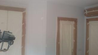 1 mano de plastico sideral s-500 y replastecido de paredes (18)